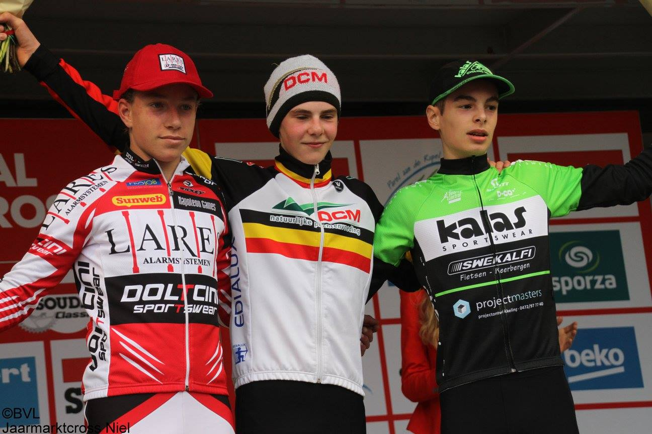Seppe Rombouts (junioren) en Lloyd Sprangers (nieuwelingen) winnen in Baal