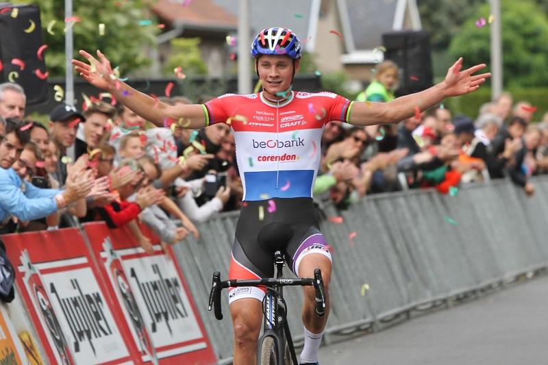 Mathieu van der Poel outstanding in Brico Cross te Eeklo