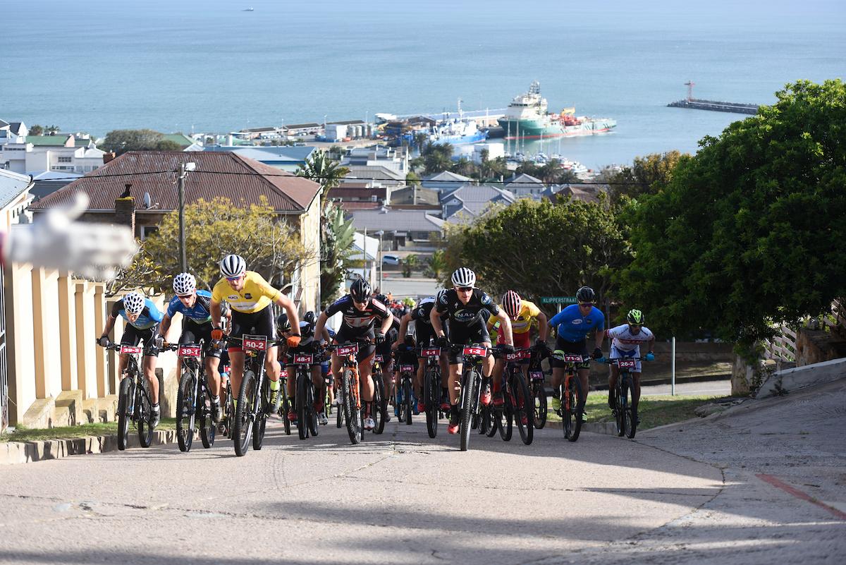 Rood-Mos en Brouwer-Bekkenk op podium in Cape Pioneer Trek