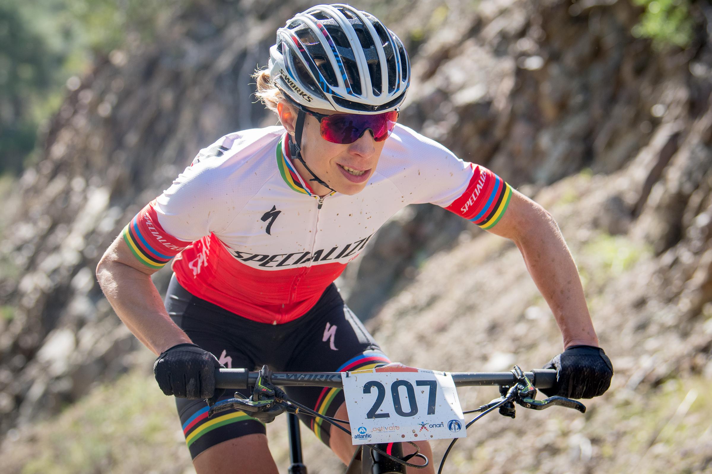 Annika Langvad wint openingswedstrijd wereldbeker in Stellenbosch