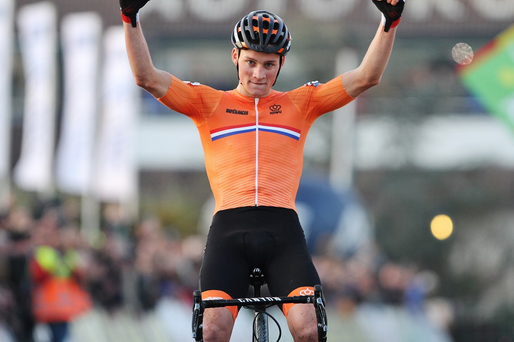 Mathieu van der Poel verlengt Europese titel in eigen land