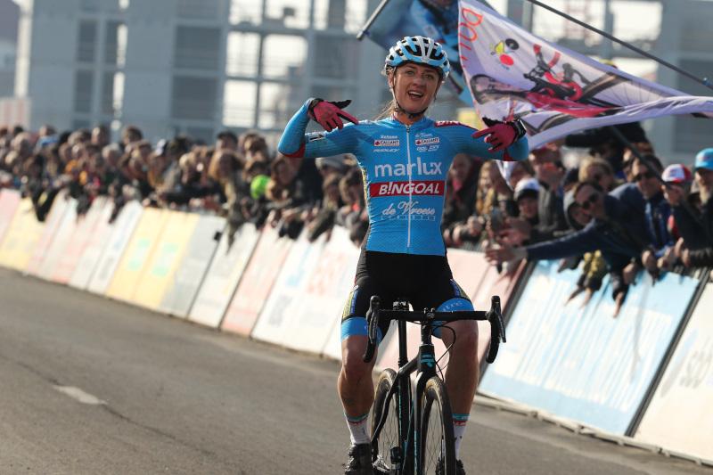Denise Betsema wint in Middelkerke, Sanne Cant pakt eindzege Superprestige