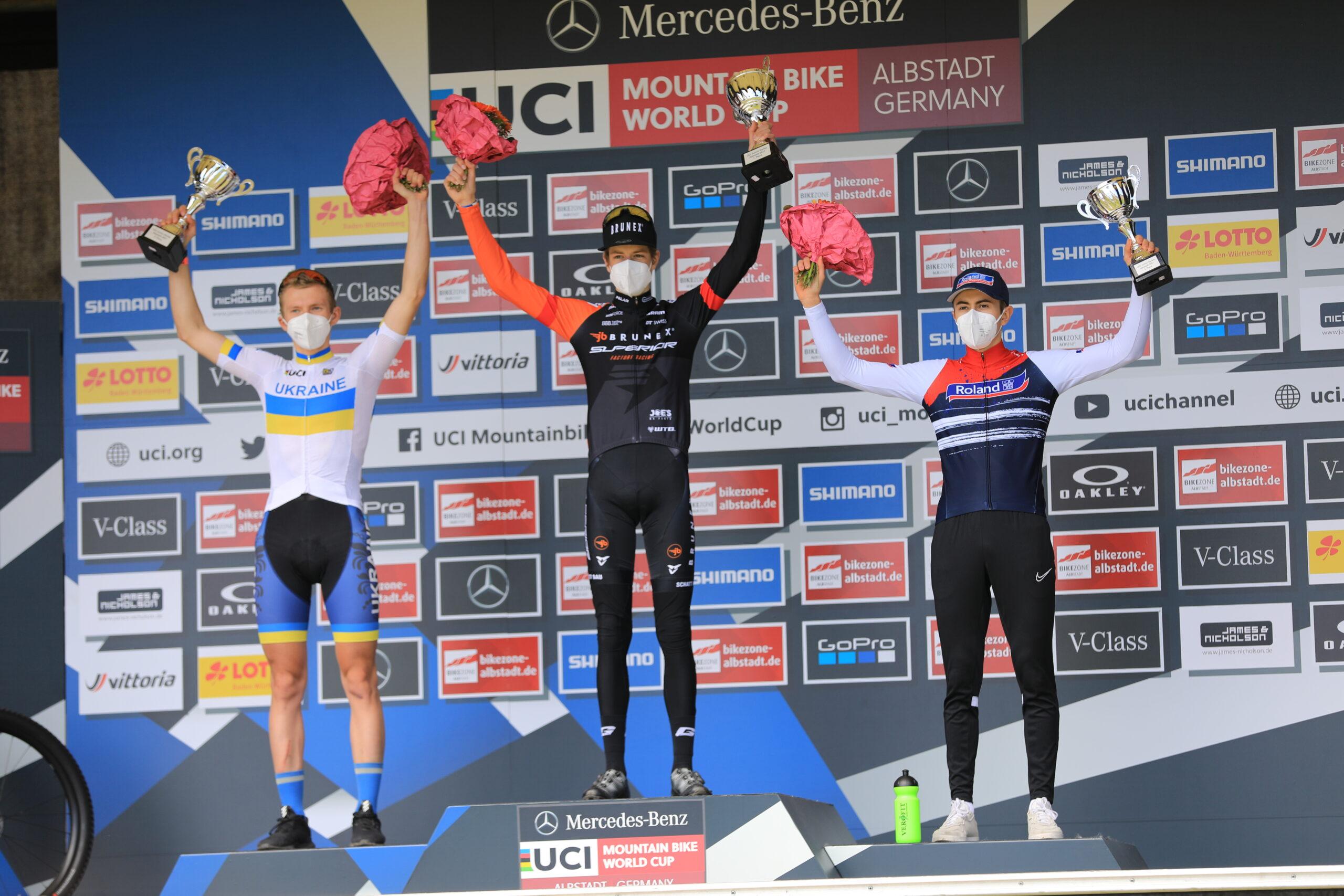 Finn Treudler en Line Burquier winnen Junior Series in Albstadt