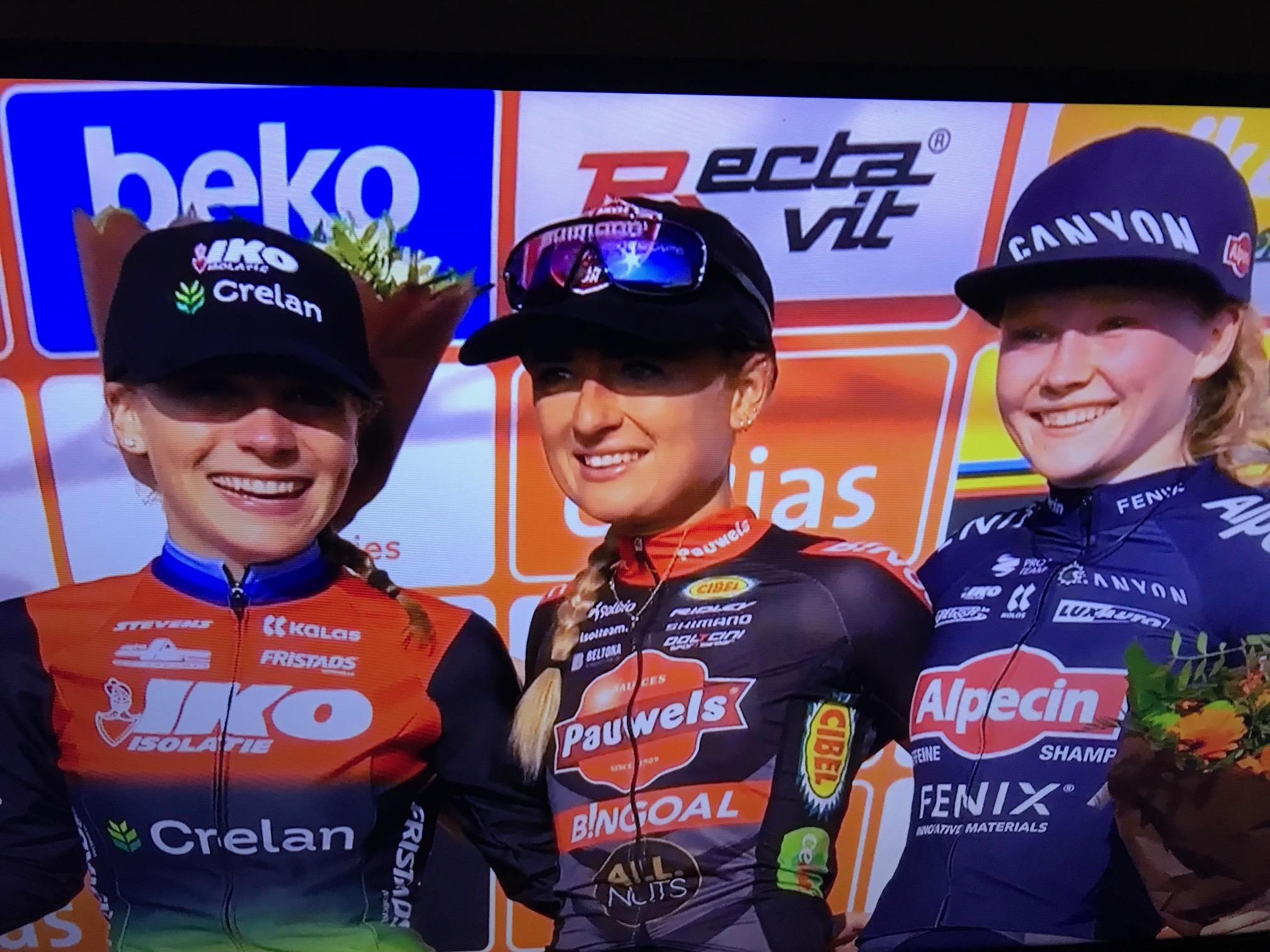 Denise Betsema wint Ethias Cross Bredene